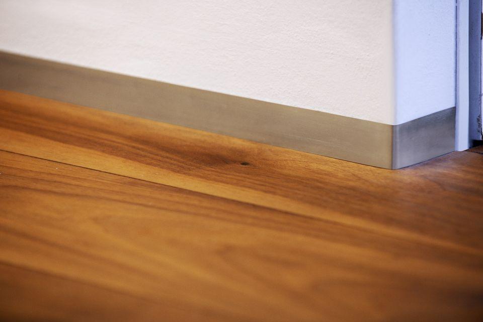 fincavo sockelleisten. Black Bedroom Furniture Sets. Home Design Ideas