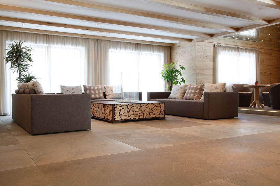 gro formatfliesen. Black Bedroom Furniture Sets. Home Design Ideas