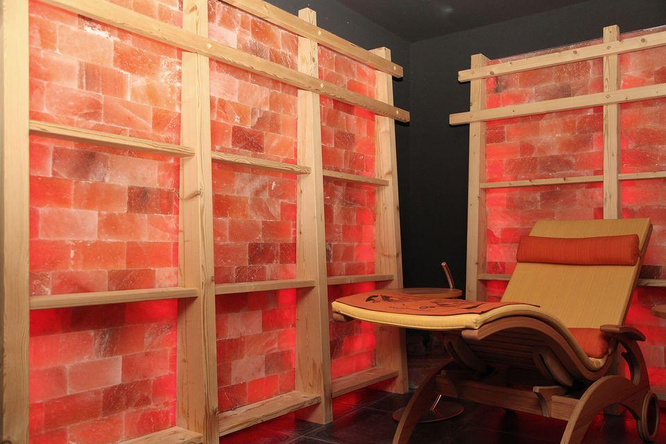 wellnessanlagen. Black Bedroom Furniture Sets. Home Design Ideas