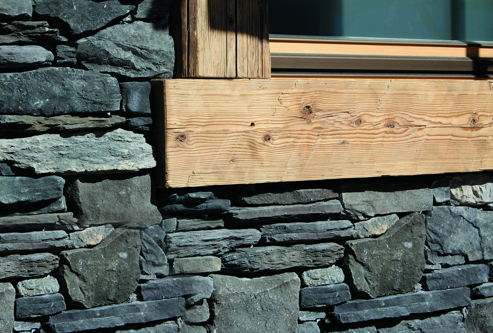 Steinfassaden Fur Aussen Und Innen